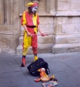french-street-performer