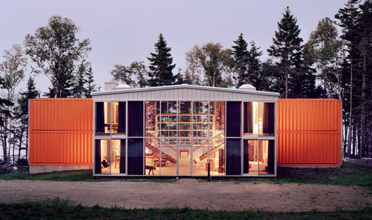 Image Courtesy of: http://www.greenhomebuilding.com/articles/containers.htm